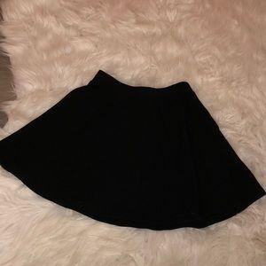 black Aéropostale skater skirt